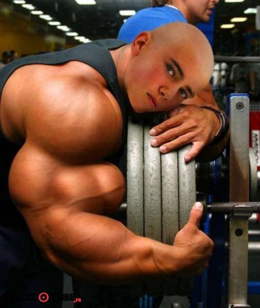 photoshopped_muscle_fails_01