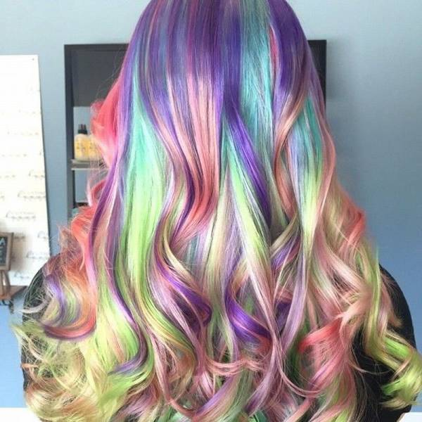 cheveux long multicolore